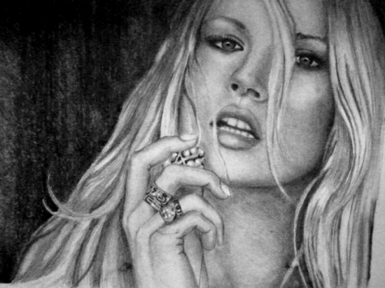 Kate Moss by SunrisePearl